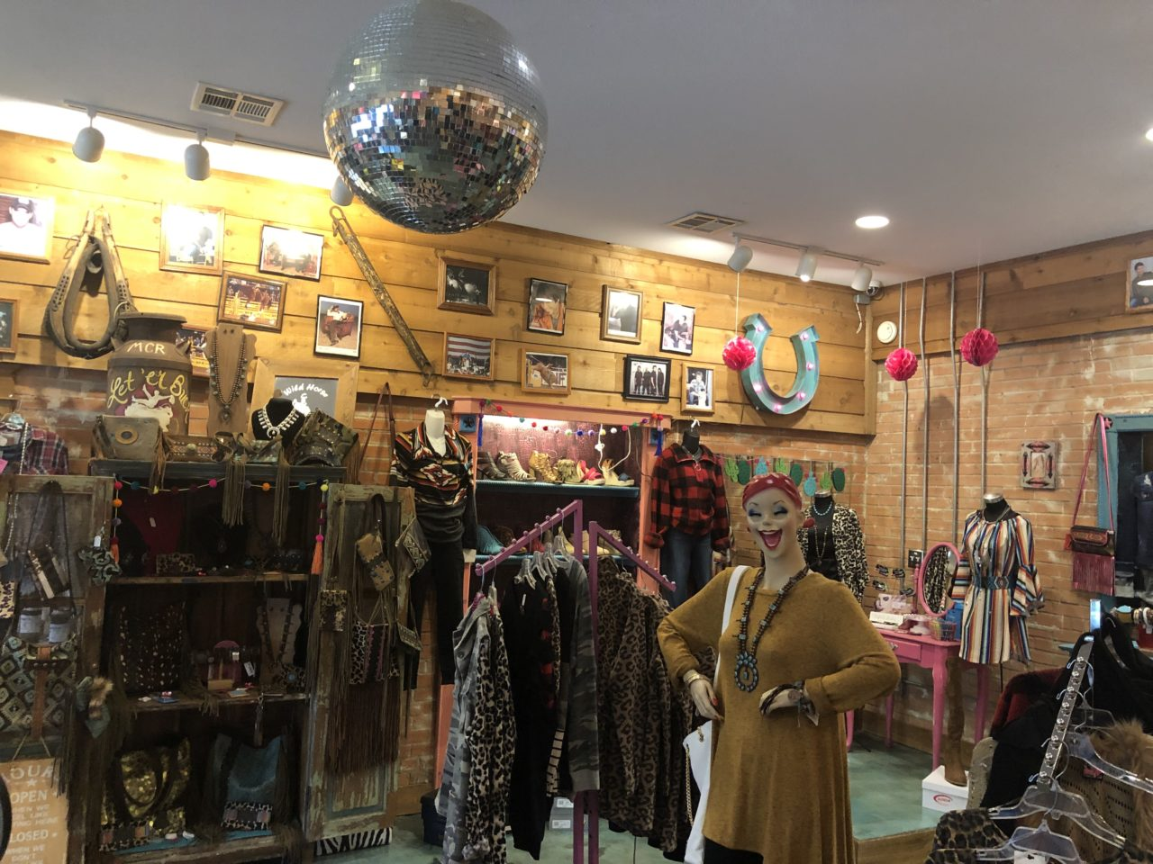 3 Incredible places to be shopping local with in Cedar Creek Lake 5 Whild Horse 1 CedarCreekLake.Online