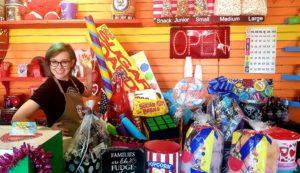LakeLeader Of The Month 29 jalopy joes retail cleark CedarCreekLake.Online