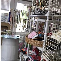 Mickie's Boutique Kemp