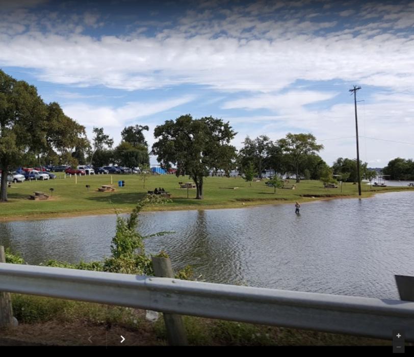 Tom Finley Park at Cedar Creek Lake