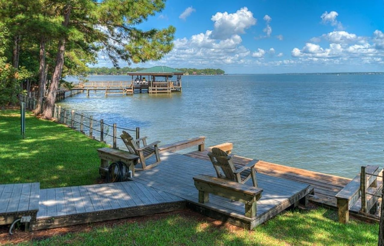 Aubrie Hayes: Your Cedar Creek Lake-Life Real Estate Agent