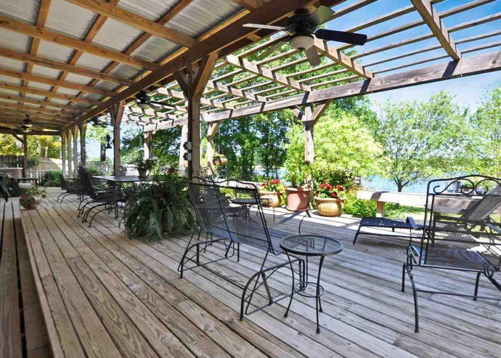 Aubrie Hayes: Your Cedar Creek Lake-Life Realtor