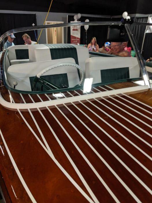 LakeLeader Of The Month 16 boat2 CedarCreekLake.Online