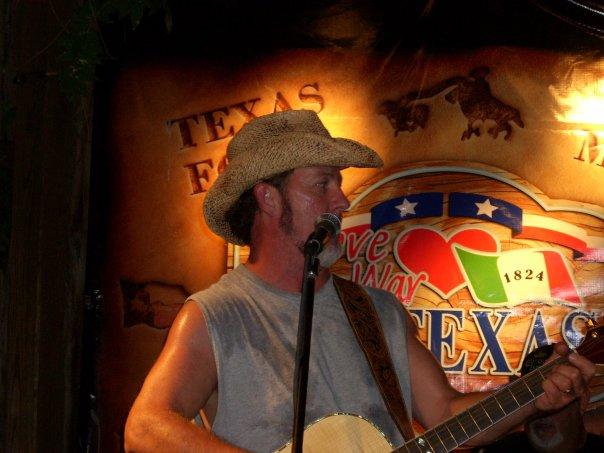 Cedar Creek Lake Music Spotlight: Larry Penny