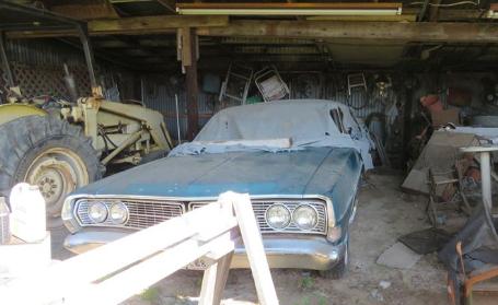 Buster Farm Barn Estate Auction