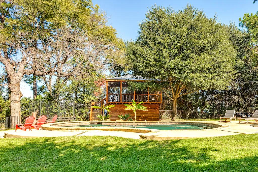 3 Amazing Cedar Creek Lake Cabins for Rent 15 78b59991.f10 CedarCreekLake.Online