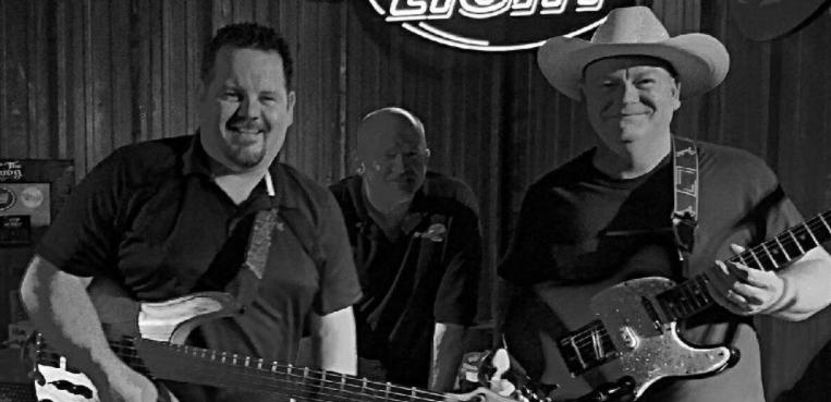 JJ Bell Band at Vernon's Lakeside
