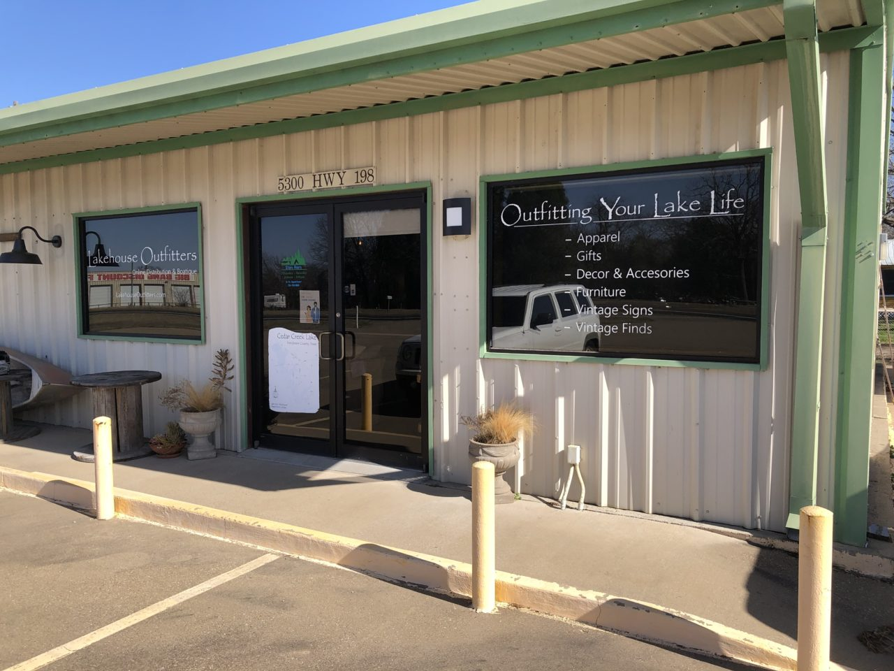 Lakehouse Outfitters 3 6 of 12 CedarCreekLake.Online