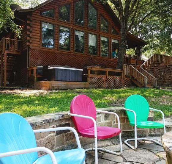 Weekending Year Round at a Cedar Creek Lake VRBO 9 12 3 CedarCreekLake.Online