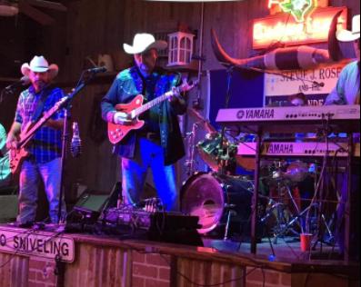 Stevie J. Rose and The Rio Grande Band at Vernon's Lakeside 2 8 5 CedarCreekLake.Online