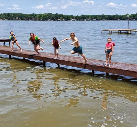 Cedar Creek Lake Getaways