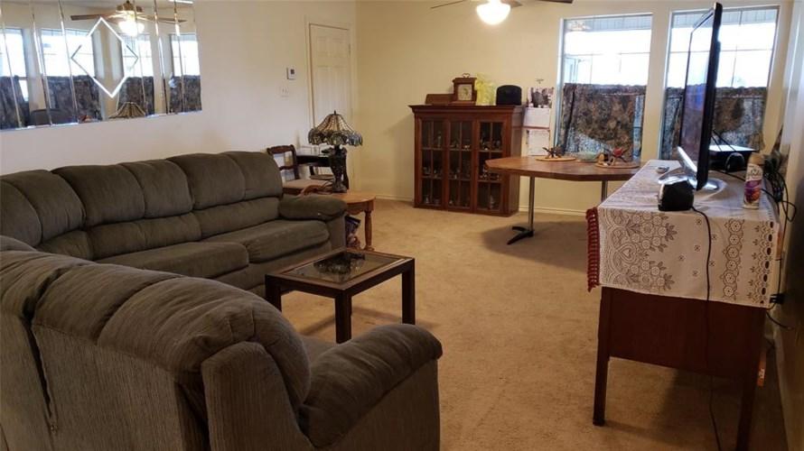 17862 Henderson Lane Mabank, TX 75156